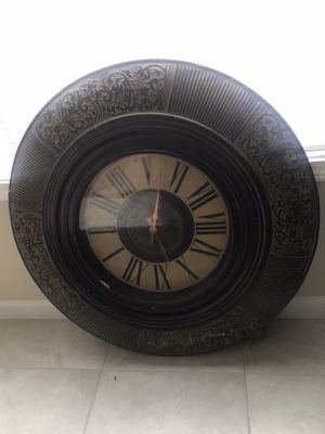 Big Antique clock for Sale in Douglasville, GA