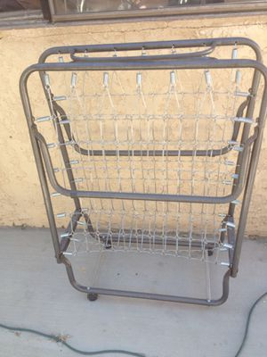 $20 rolling metal frame (no mattress) for Sale in Lancaster, CA