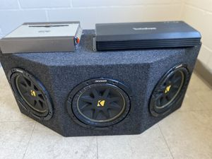 Kickers and amplifiers for Sale in Chicago, IL