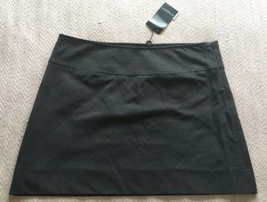 Burberry women skirt size large or 12 NWT for Sale in Wake Forest, NC