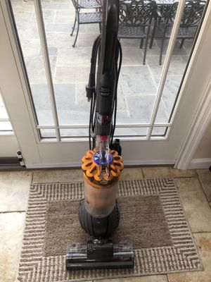 Dyson DC 40 vacuum for Sale in White Plains, NY