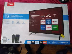 TCL series 3 Roku tv for Sale in Mount Vernon, NY