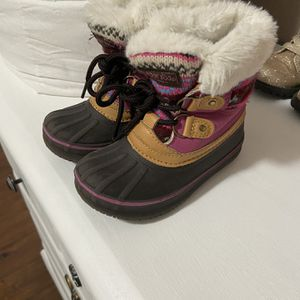 Snow Boots for Sale in Lathrop, CA