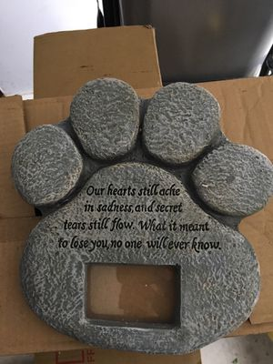 Paw memorial for pet for Sale in Pottsville, PA