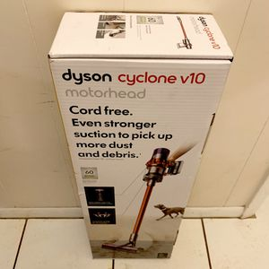 New Dyson Cyclone. Mod No V10 Motorhead. Lightweight Cordless Stick Vacuum Cleaner. for Sale in Davie, FL