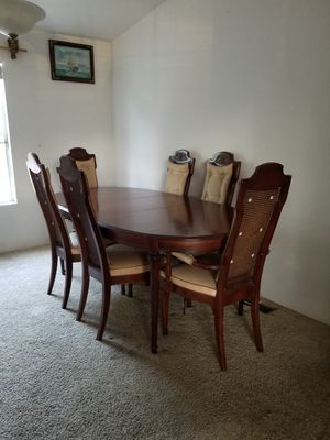 Kitchen/Dining Table for Sale in Perris, CA