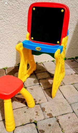 Kids Desk Crayola for Sale in Orlando, FL