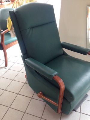 Stryker Brand New with tags Recliner Chair for Sale in Caledonia, MI