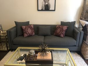 Couch and love seat for Sale in Dallas, TX
