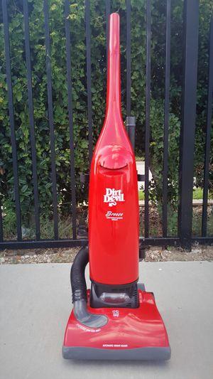 DIRT DEVIL Breeze Vacuum - Aspiradora > Clean! for Sale in Addison, TX