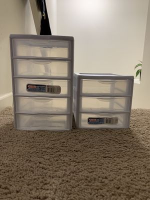 Sterilite 5 drawer and 3 drawer mini for Sale in Lewis Center, OH