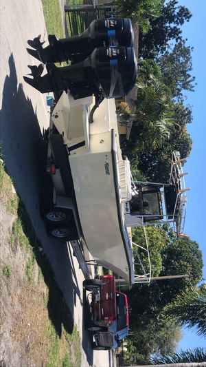 Mako 26/28. for Sale in Miami Gardens, FL