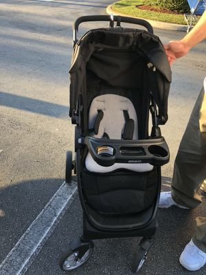 Chico bravo stroller brand new for Sale in Miami Lakes, FL