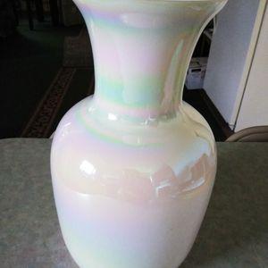 Camillian Milk glass Vase for Sale in Eagle Lake, FL