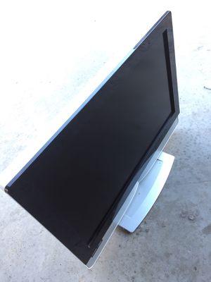 VIZIO TV. MODEL. VX32L. 32 inch. HDMI. USB. GREAT CONDITION for Sale in Monterey Park, CA