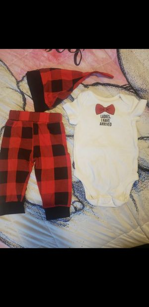 Baby 3-6 months. Super cute set. Flawless. Pants and hat new never worn! for Sale in Tacoma, WA
