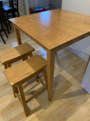 Kitchen table with 4 stools for Sale in Brentwood, NC