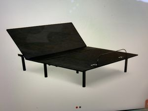 Ajustable King size bed frame for Sale in Selma, CA
