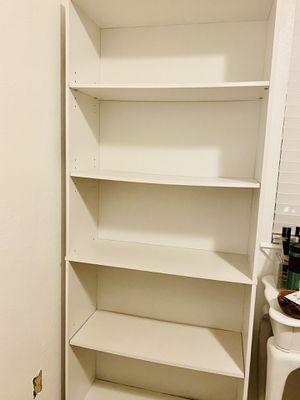 5 Shelf - white bookshelf for Sale in Parlier, CA