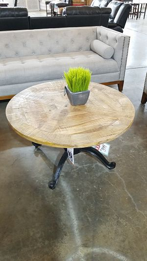 Adjustable Coffee Table for Sale in Dallas, TX