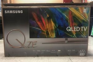 "65"" SAMSUNG QLED 4K UHD DHR SMART TV for Sale in Grand Terrace, CA"