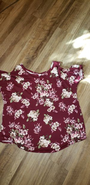 Plus size blouse for Sale in Carson, CA