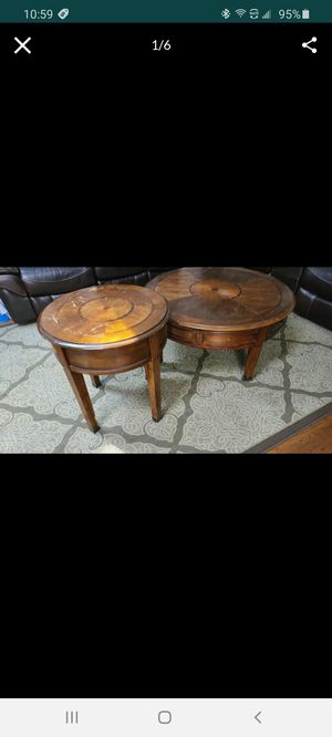 Antique Coffee table and end table for Sale in Arlington, TX