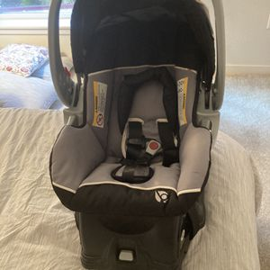 Baby Trend Expedition Jogger Travel System for Sale in Hayward, CA