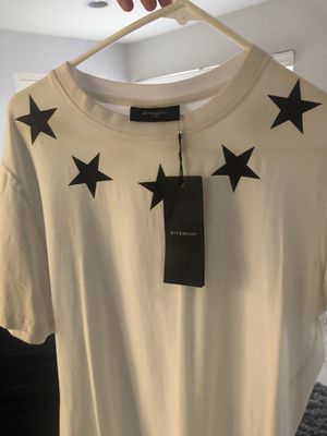 Givenchy shirt for Sale in Los Angeles, CA