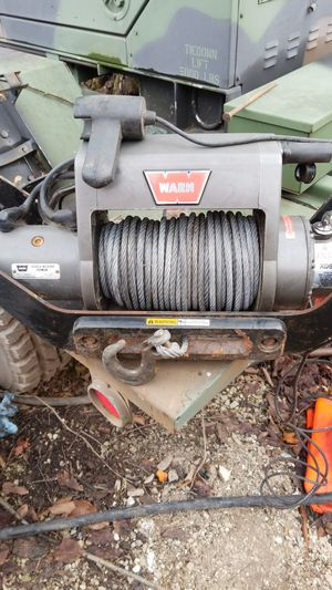 Warn XD9000i winch with trailer hitch. for Sale in Willow Springs, IL