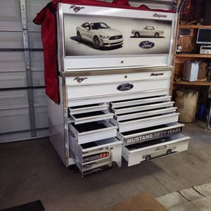 snap on 50th anniversary mustang tool box for Sale in Brooklyn, NY