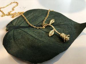 Rose Necklace for Sale in La Mirada, CA
