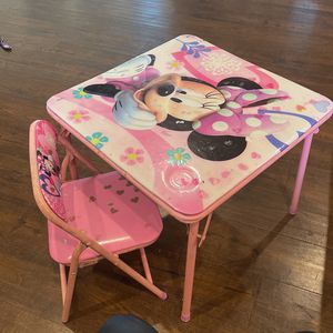 Kids Minnie Table for Sale in Claremont, CA