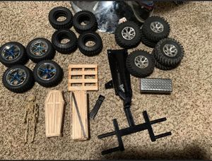 Rc scale accessories rims and a wheel lift for Sale in Douglasville, GA