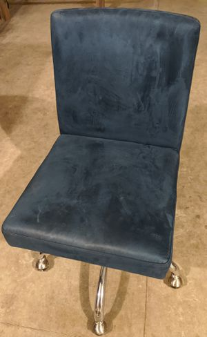 Pottery Barn Teen Computer Desk Chair, blue for Sale in Chico, CA