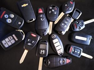 Ignition switch with key for Sale in Fresno, CA