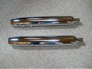 H-D 2005 Ultra classic mufflers for Sale in Wellston, MI