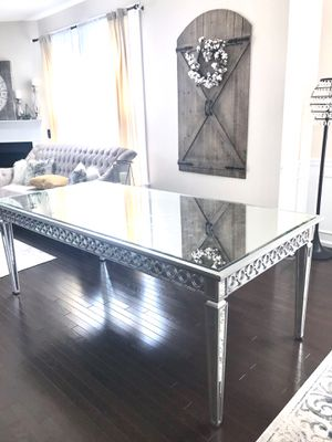 Z Gallerie Sophie mirrored dining table for Sale in Broadlands, VA