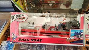 2002 RadioShack Tyco RC bass boat new never been in water for Sale in Granite City, IL