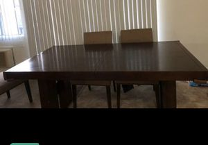 Free Dining table for Sale in La Palma, CA
