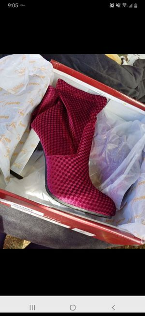 BRAND NEW VELVET BOOTS for Sale in Tacoma, WA