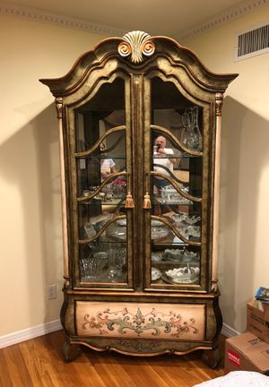 China closet / Breakfront for Sale in Woodmere, NY