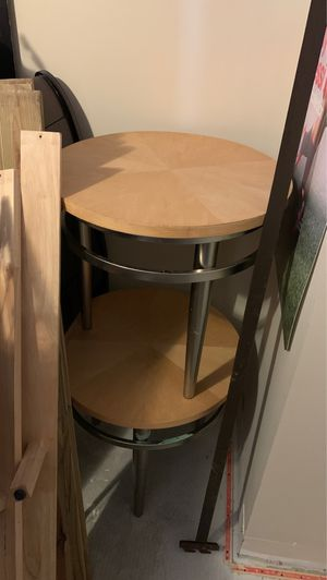 Night stands/ mini coffee tables for Sale in Gainesville, VA