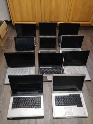 Laptop lot of 11 HP DELL GATEWAY TOSHIBA FOR PARTS OR REPAIR for Sale in Brooklyn, NY