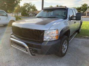 2010 Chevy Silverado 1500 v8 4.8L 175k for Sale in Miami, FL
