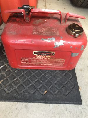 Boat Gas tank for Sale in Pittsburgh, PA