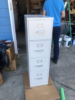 3 Drawer Filing Cabinet for Sale in Troutdale, OR
