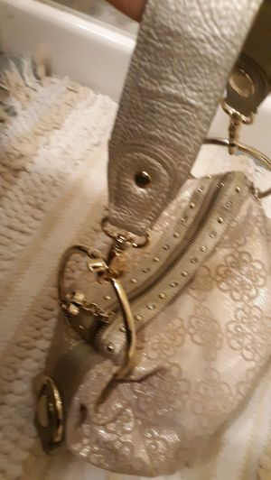 Woman purse excellent condition for Sale in Reedley, CA