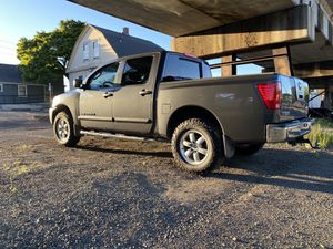 2010 Nissan Titan SE Crew Cab for Sale in Gladstone, OR