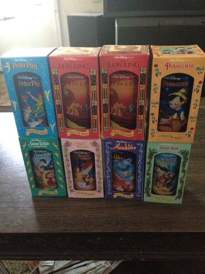 Disney's collection classes in box for Sale in Denver, CO